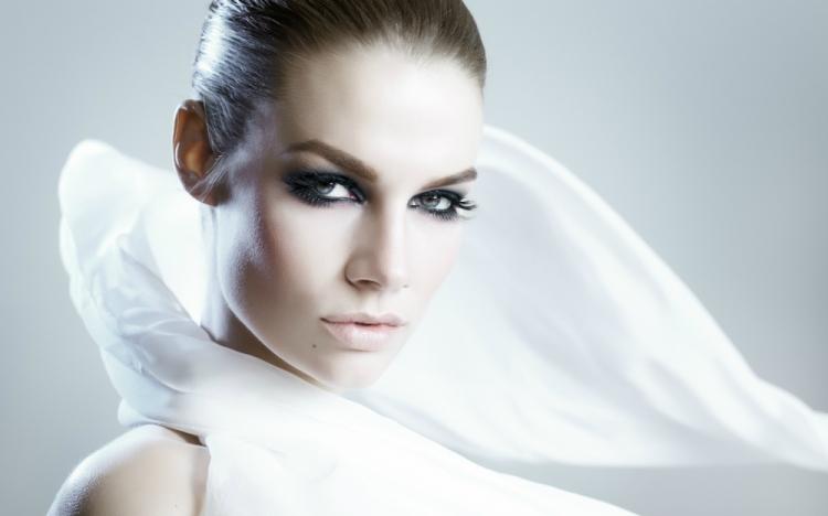 Cura dei capelli: proteggili dal freddo in 5 mosse