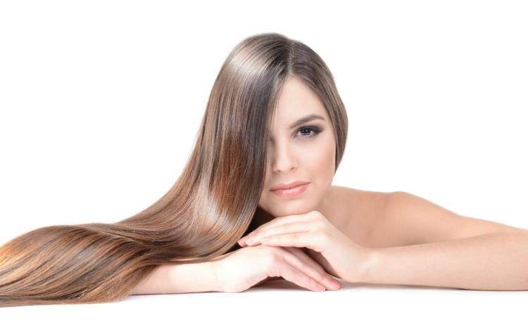 Hair strobing, il trend che illumina