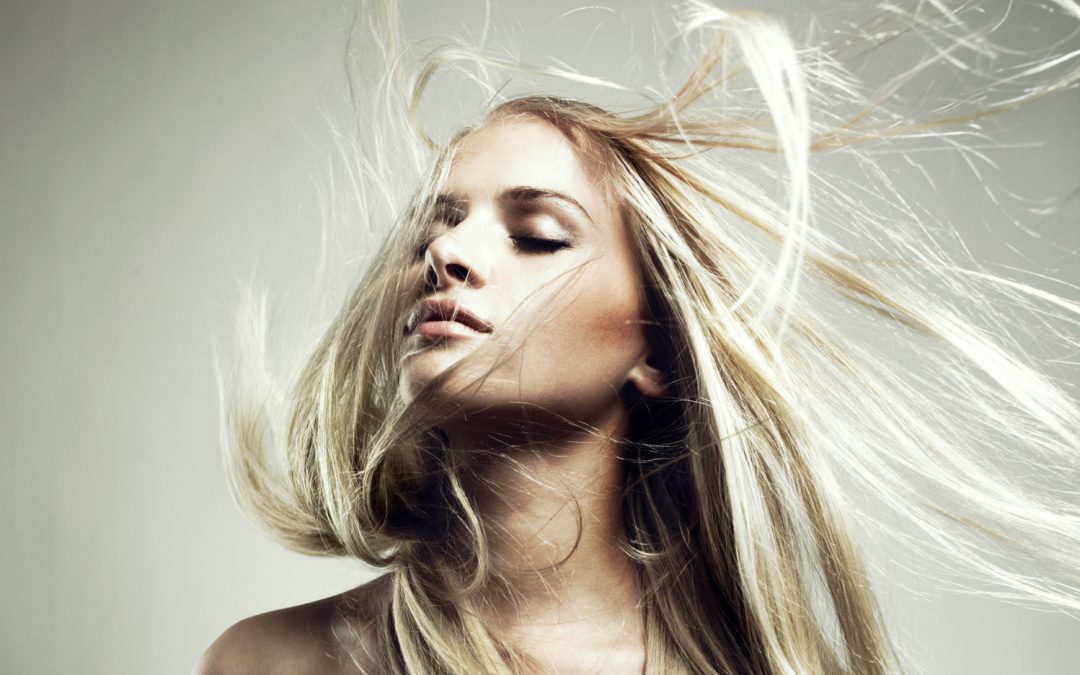 3 segreti di bellezza per capelli più lunghi e folti